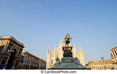 Vittorio Emanuele II monument, Milan