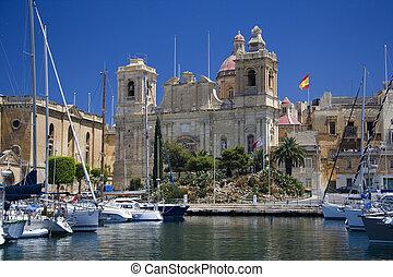 Vittoriosa viewed from Senglea in Valletta - Island of Malta