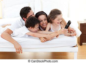 vivamente, família, tendo divertimento