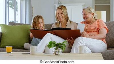vivant, album, regarder, multi-generation, photo, 4k, salle famille