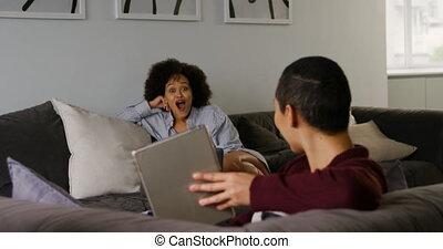 vivant, couple, lesbienne, numérique, utilisation, tablette...