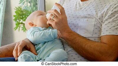 vivant, lait, sien, bébé, père, garçon, 4k, alimentation,...