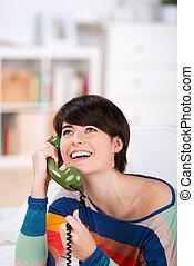 vivaz, mulher, ligado, um, telefone