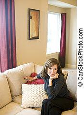 vivendo, mulher, sala, relaxante, sofá, maduras