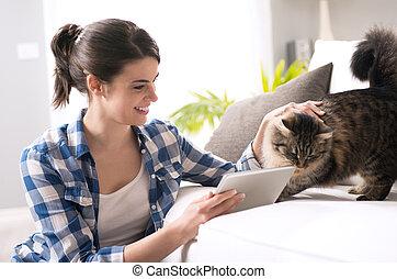 vivente, donna, stanza, gatto