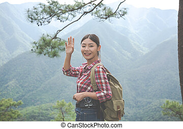 vlál, obrazný, hiking., hlava, jungle., dobrodružství, les, po, backpacks, děvče, kopec