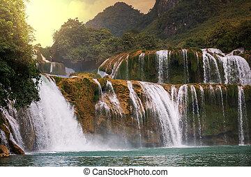 vodopád, do, vietnam