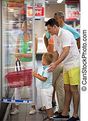 voedingsmiddelen, gezin, kies, supermarkt