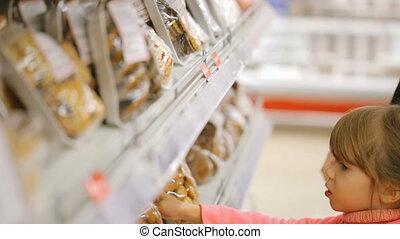 voedingsmiddelen, kruidenierswinkel, vrouw, winkel, kies