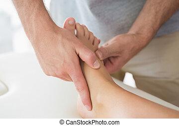 voet, fysiotherapeut, patiënten, masserende handen