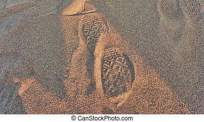 voetafdruk, zand, converseren