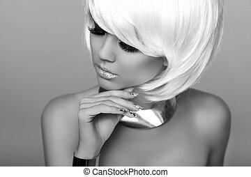 voga, moda, hairstyle., beleza, girl., photo., isolado, makeup., cinzento, experiência., shortinho, close-up., fringe., loura, hair., retrato, face branca, woman., style., pretas