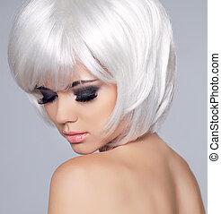 Vogue Style Beauty Fashion Girl Model Portrait. Eye makeup. Hair