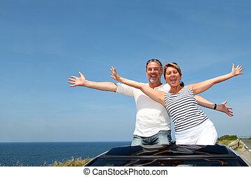 voiture, couple, jour, personne agee, cabriolet, apprécier, voyage