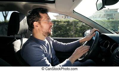 voiture, décontracté, heureux, conduite, homme