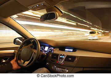 voiture, dans mouvement, soir