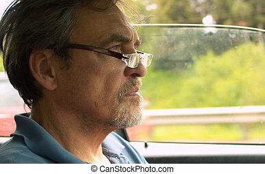 voiture, homme aîné, conduite, portrait