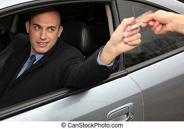 voiture, homme, carte, utilisation, crédit