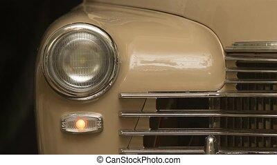 voiture, lumières clignotantes