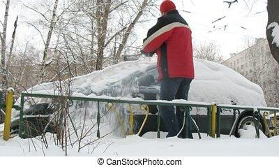 voiture, nettoie, neige, veste, rouges, homme