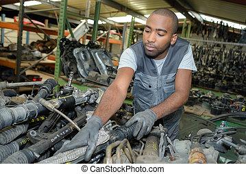 voiture, utilisé, parties, mécanicien, pile