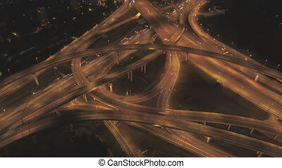 voitures, complexe, éclairé, jonction, route