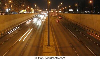 voitures, défaillance, en mouvement, temps, nuit, route