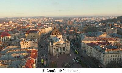 vol, au-dessus, sunset., vieille ville, lviv, city.,...