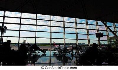vol, gens, aéroport, business., terminal., leur, silhouettes, ils, hâte