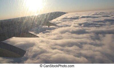 voler, nuages