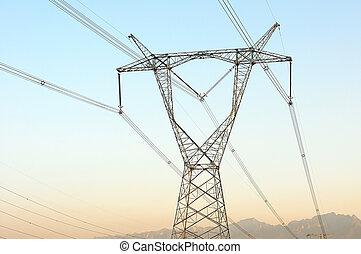 voltagem alta, transmissão, linhas