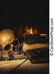 voorkant, openhaard, bijbel, bidsnoer, schedel