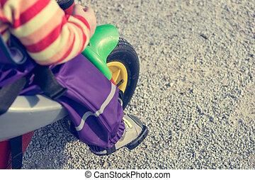 voortvarend, bike., voetjes, closeup, kind, pedaal