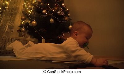 vorabend, baby, weihnachten, reizend, m�dchen