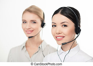 vordergrund, zentrieren, kopfhörer, operatoren, freigestellt, fokus, rufen, weißes, lächeln