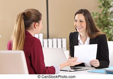 vorgesetzter, beachten, in, a, bewerbungsgespräch