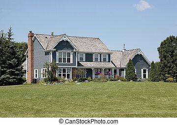 vorstädtisches heim, mit, blaues, abstellgleis