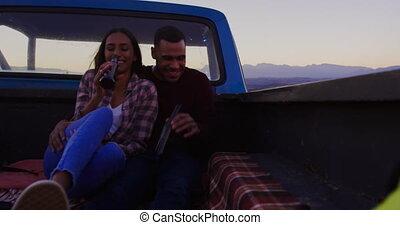 voyage, camion, couple, leur, route, crépuscule, jeune, dehors, séance