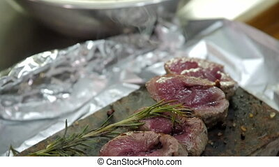 voyante, cuisine, rare, viande