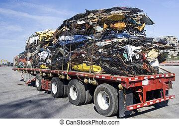vrachtwagen, volle, van, staal, afvalmateriaal