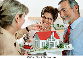 vrai, discuter, agent immobilier