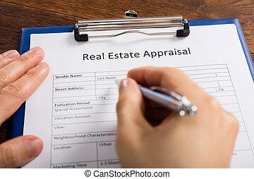 vrai, formulaire, propriété, main, personne, remplissage, estimation