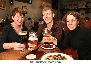 vrienden, in, bar