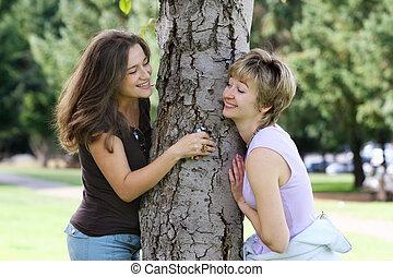 vrienden, in het park