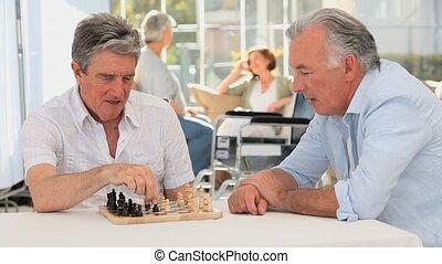 vrienden, paar, terwijl, hun, wifes, klesten, schaakspel, spelend