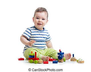 vrolijk, baby met, gebouw stel, op, witte achtergrond
