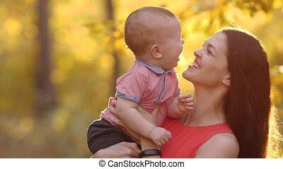 vrolijk, baby, toneelstuk, moeder