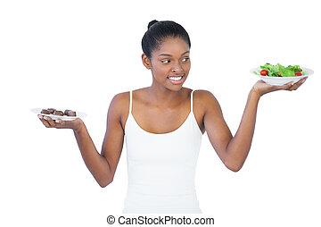 vrolijk, vrouw, beslissen, om te eten, healthily, of, niet