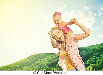 vrolijke , family., moeder en dochter, baby meisje, spelend, op, natuur