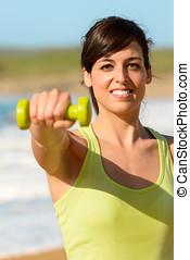 vrolijke , fitness, vrouw, met, dumbbell